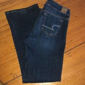 American Eagle Favorite Boyfriend Jeans 8 short